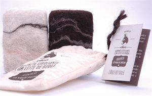 Imagem de Sabonete Esfoliante envolvido em lã Natural- Azeite